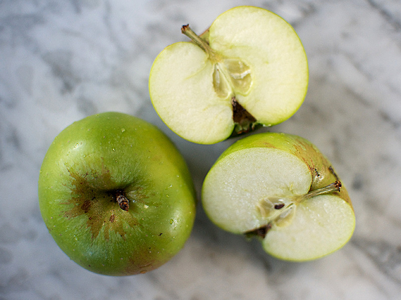 Bramley Cooking Apples (100g each)