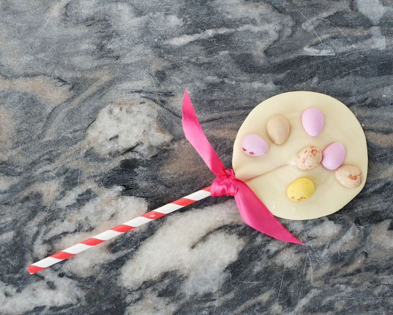 Cocoa Cabana Easter Mini Egg Lolly 100g