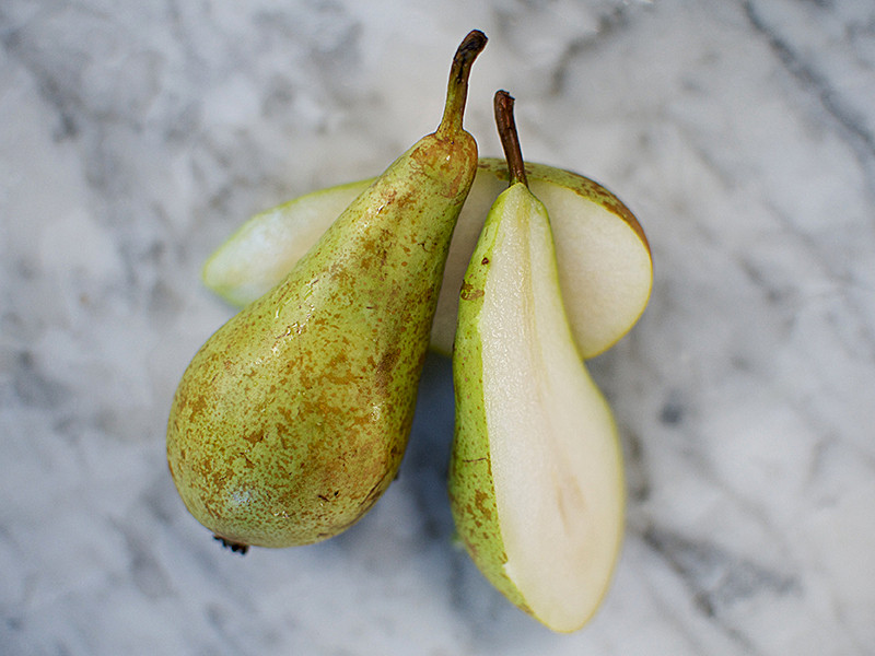 Conference Pears (each)
