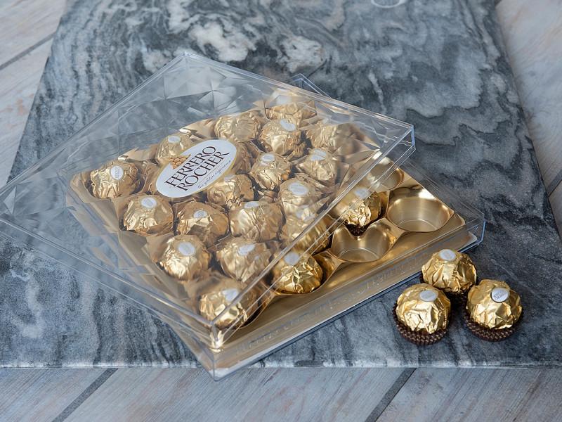 Ferrero Rocher Chocolates 310g