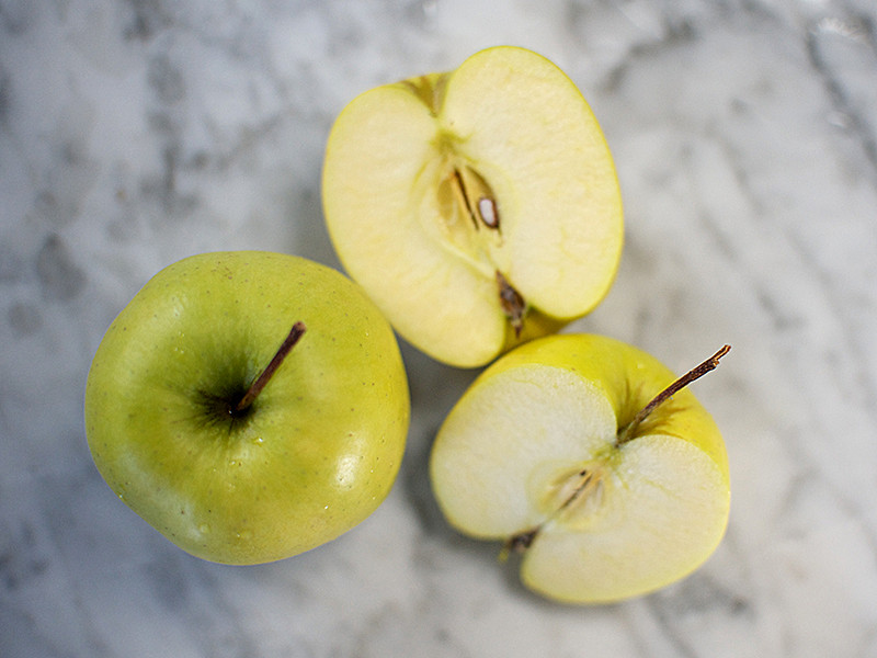 Golden Delicious Apples (each)