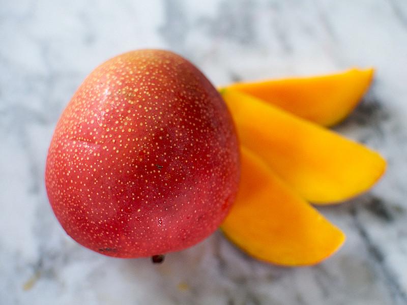 Mango  (each)