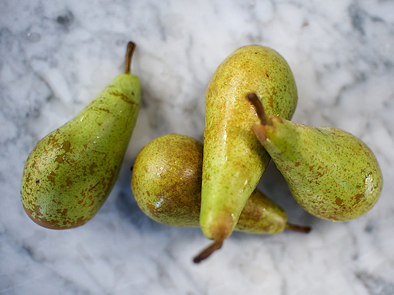 Pack of  Conference Pears 1 x 4 (40p each)
