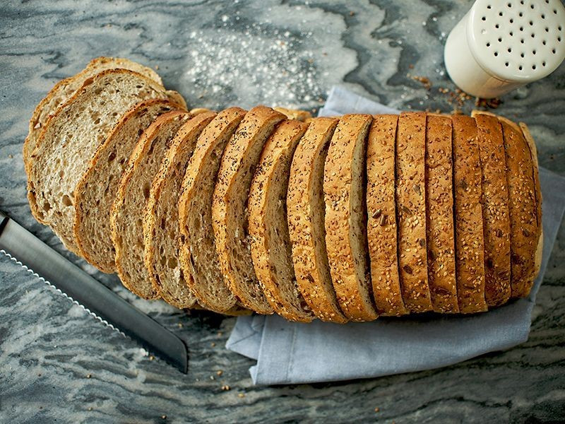 Thick Sliced Multiseeded Batch Bloomer (800g)