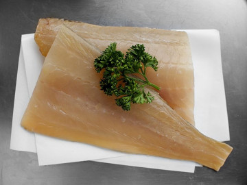 2 Natural Smoked Haddock Fillets (360g)