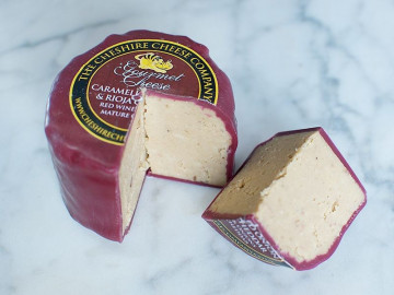 Caramelised Onion & Rioja Cheese Truckle (200g)