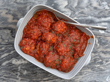Meatballs with Tomato Sauce 900g