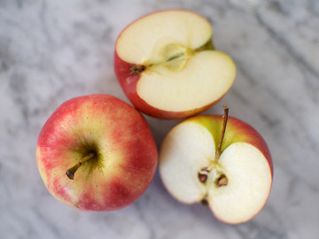Pink Blush Apples (each)