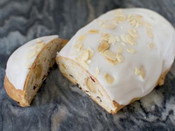 Stollen Cake (400g)