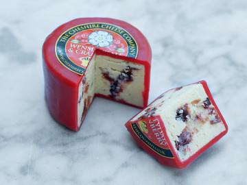 Wensleydale & Cranberry Cheese Truckle (200g)